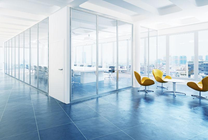 Nettoyage de cloisons vitrées et salle de réunion